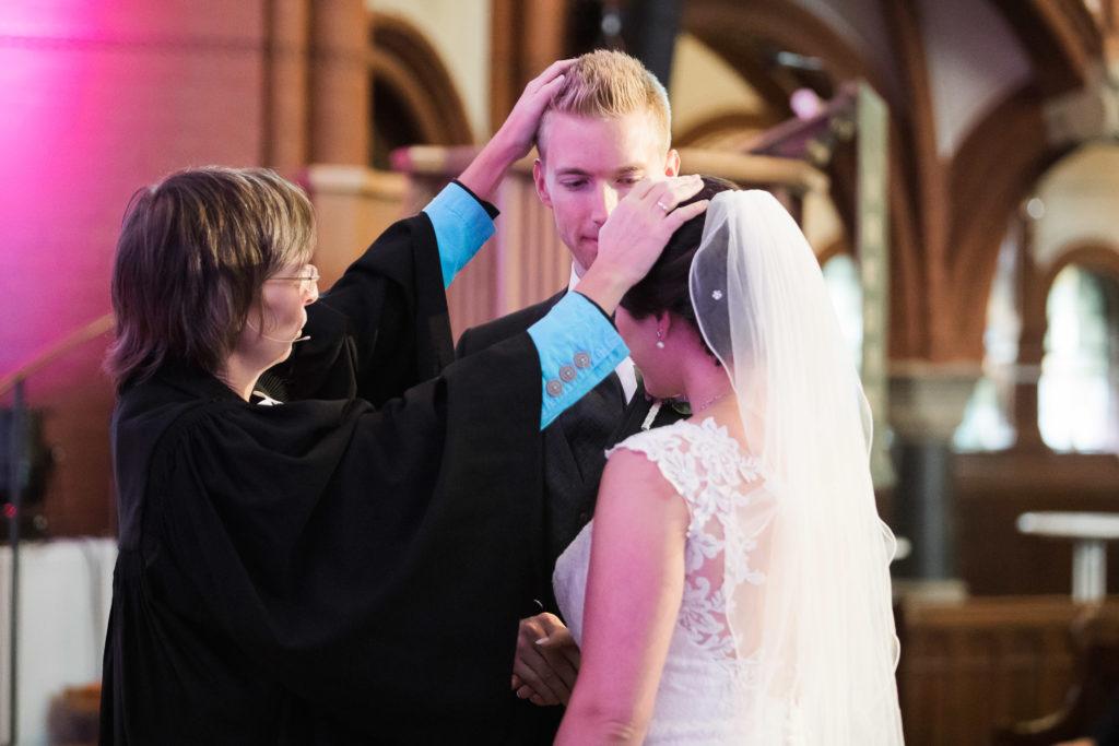 sj070 hochzeit fotograf solingen lutherkirche marcus claudi photography