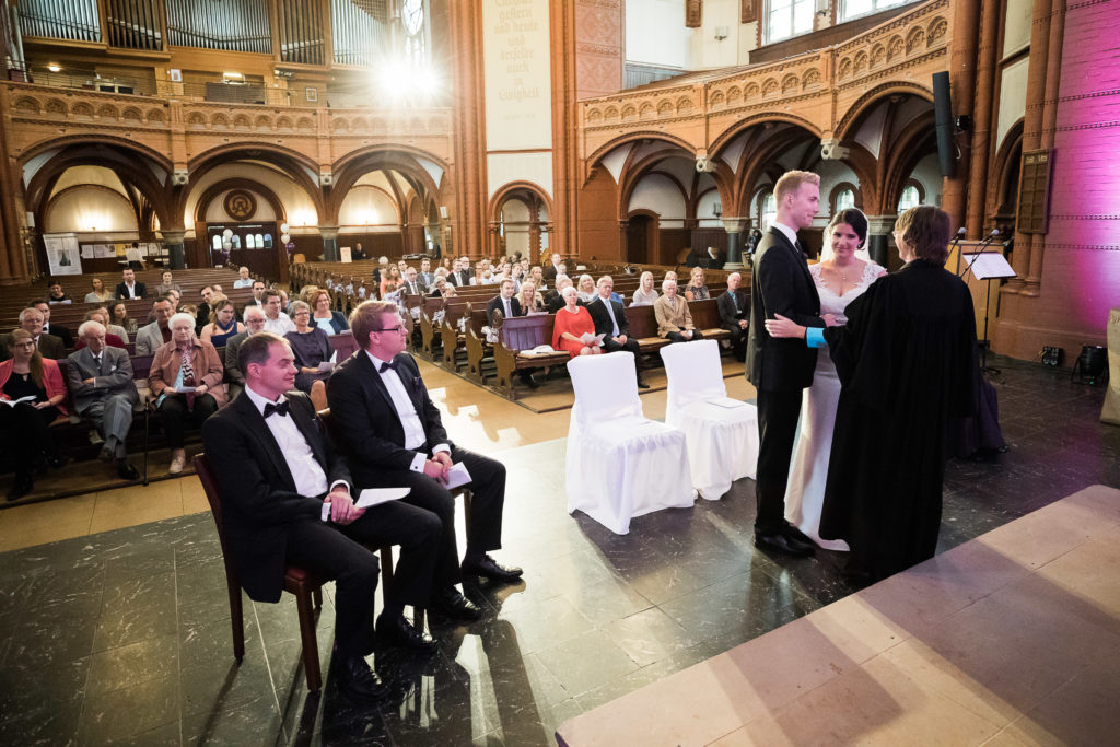 sj071 hochzeit fotograf solingen lutherkirche marcus claudi photography